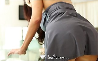 PureMature - Hot milf Ava Addams does business with a huge flannel