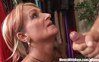 Old Lassie Joanna Depp Fucks Young Phase In Dressing Room