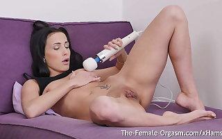 Nicole Love
