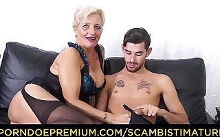 SCAMBISTI MATURI - Hardcore ass fucking with Italian blonde granny Shadow