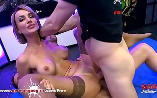 Super Hot Pet Elen Million Double Penetrated by Organism Cocks - German Guck Girls