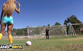 BANGBROS - Brazilian PAWG Jessie Rogers Rides Mike Adriano's Cock