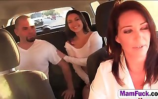 Daisy Summers And Step Mom Threesome Fuckingd-by-1-cock-hd-2