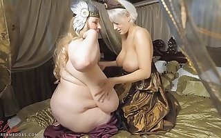 2 big tits out of date queens