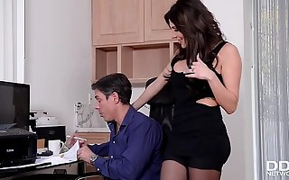 Lucky husband loves to Hardcore fuck his gorgeous hot wife Jaclyn Taylor